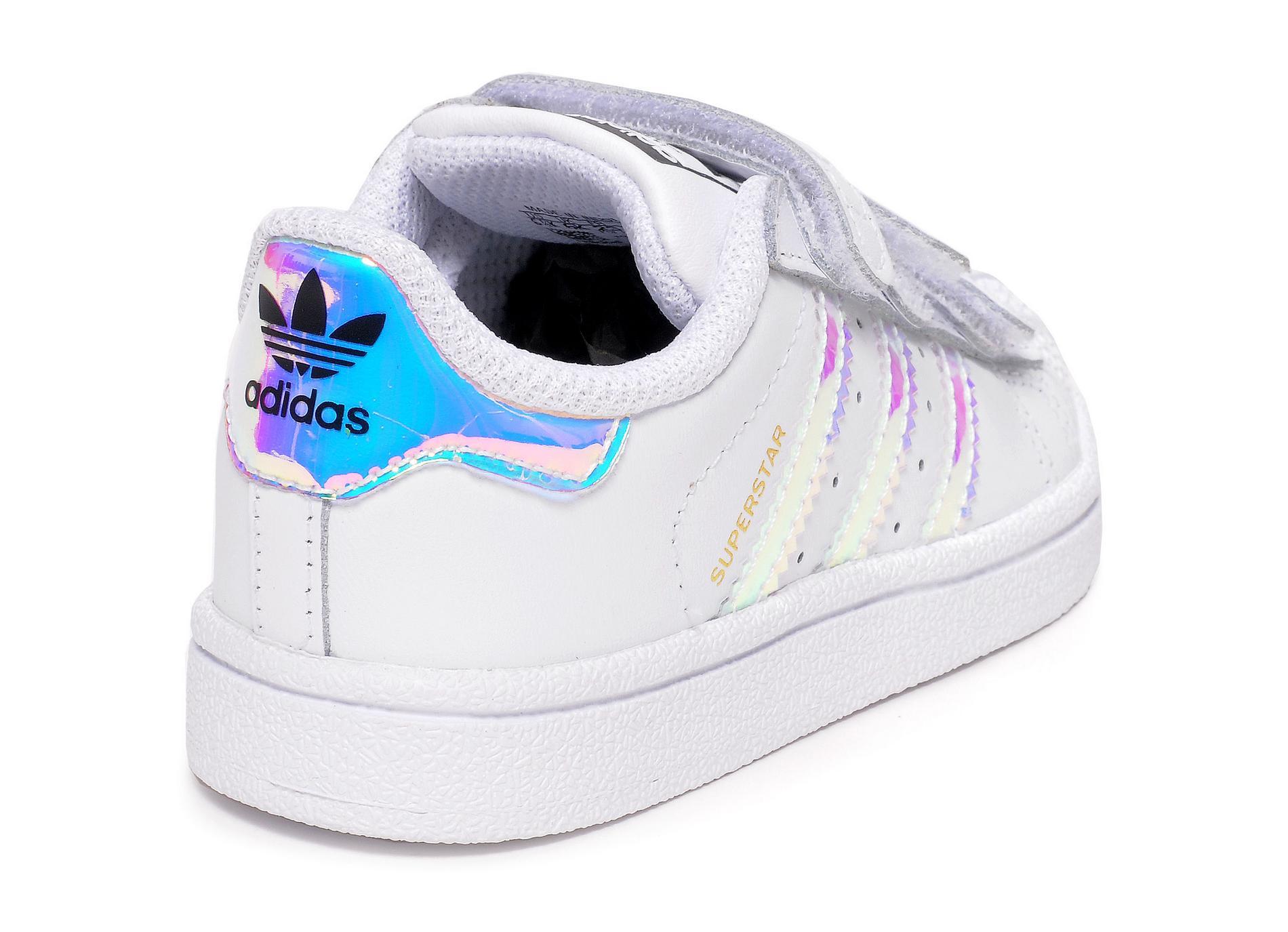baskets Adidas Superstar enfant